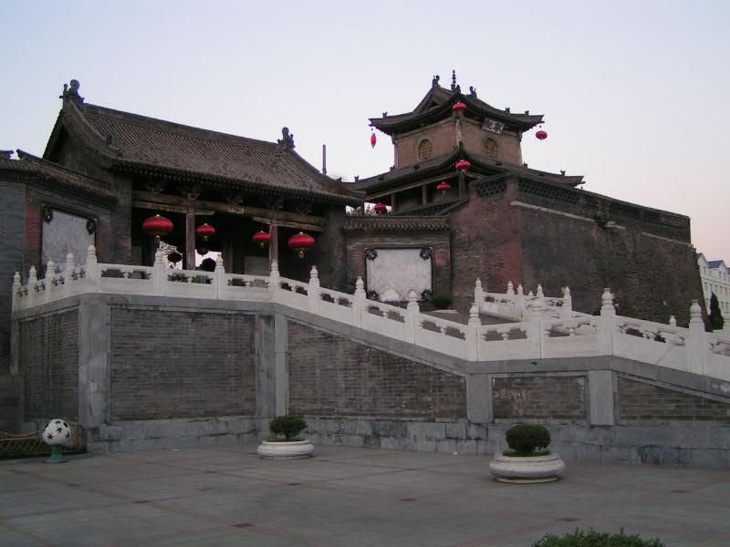 交通指南 航空    长治飞机场可起降中小型客机,并开通了直达北京