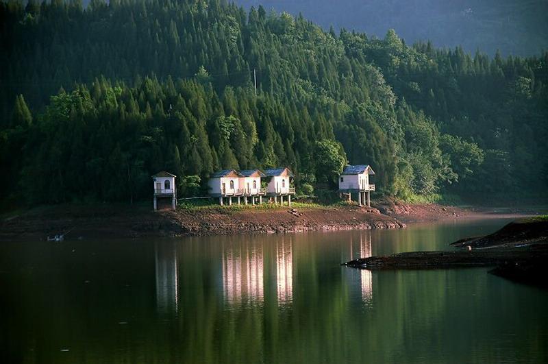 望龙湖旅游景点图片