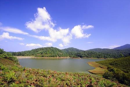 目的地 中国 云南 临沧  云县大朝山——干海子风景名胜区位于云县
